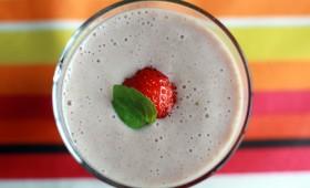 Smoothie banane fraise aux graines de lin