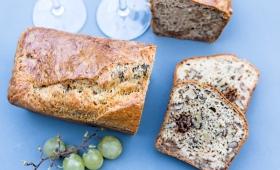 Cake aux morilles, noix et comté
