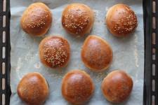 8 pains à burger Thermomix cuits
