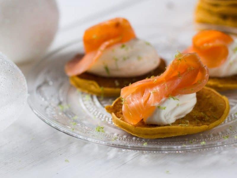Blinis de patate douce au saumon fumé au Thermomix