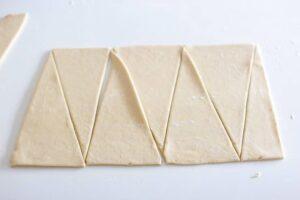 Découpage des triangles pour les croissants thermomix